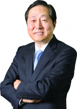 President & CEO of Dongwon Industries Myoung Woo Lee